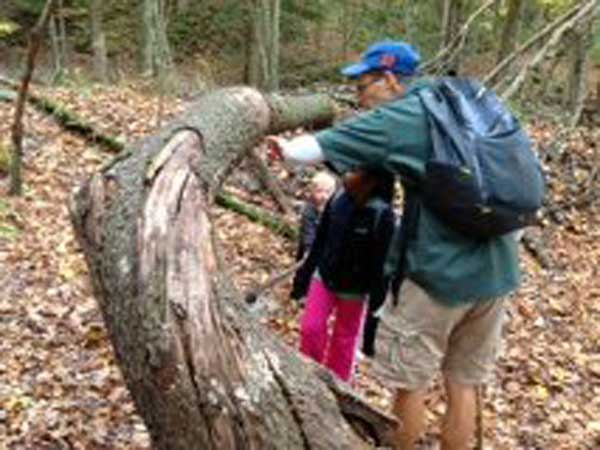 Patient Hikes with Dr. De Koyer – Family Chiropractic Center of Bayonne